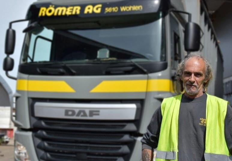 René Bolliger : LKW-Chauffeur auf 4-Achser Hakengerät + Welaki